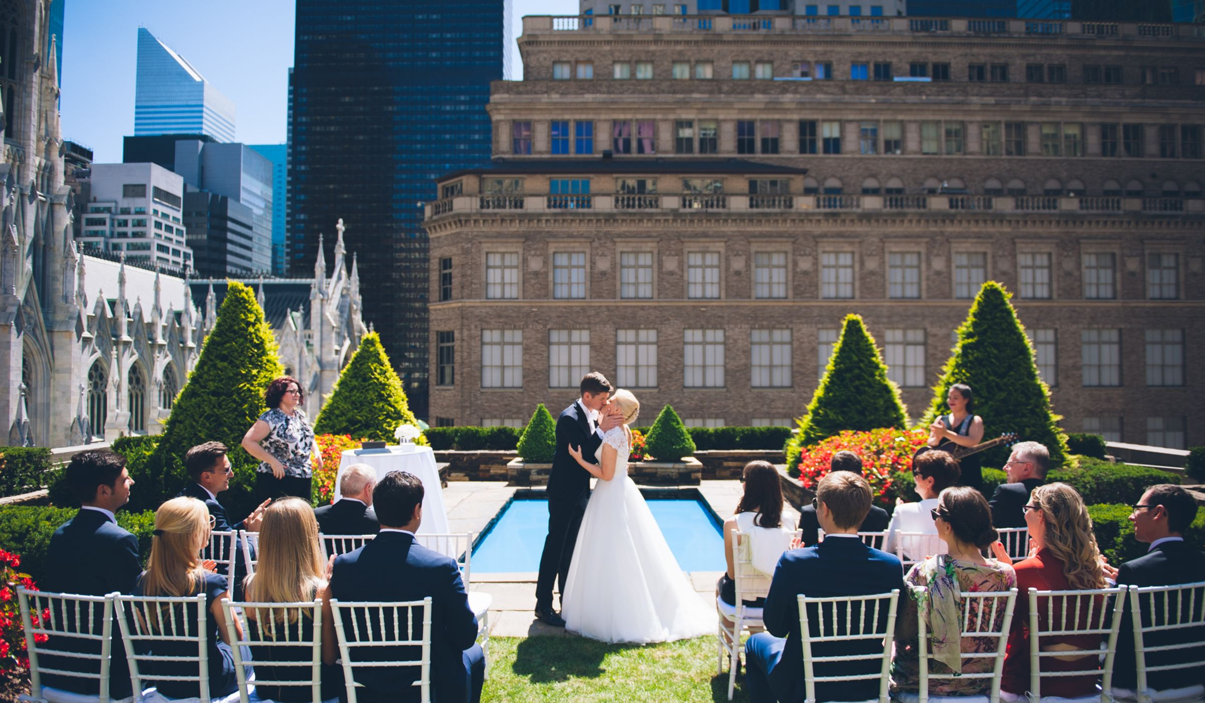 10 outdoor wedding venues in new york city weddingwire for Outdoor wedding venues in ny