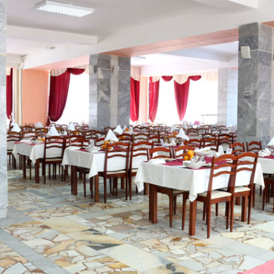 Санаторий Тарханы - обеденный зал