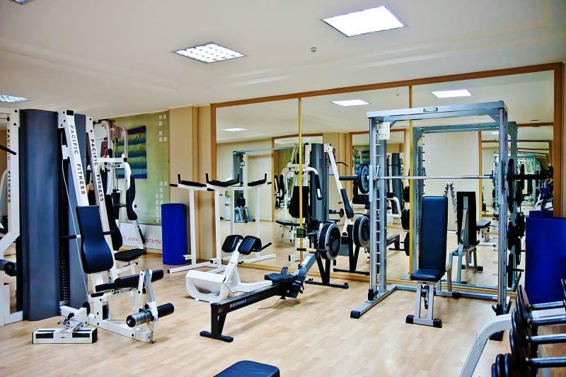 Тренажерный зал в санатории Машук Аква-Терм, зона для силовых тренировок