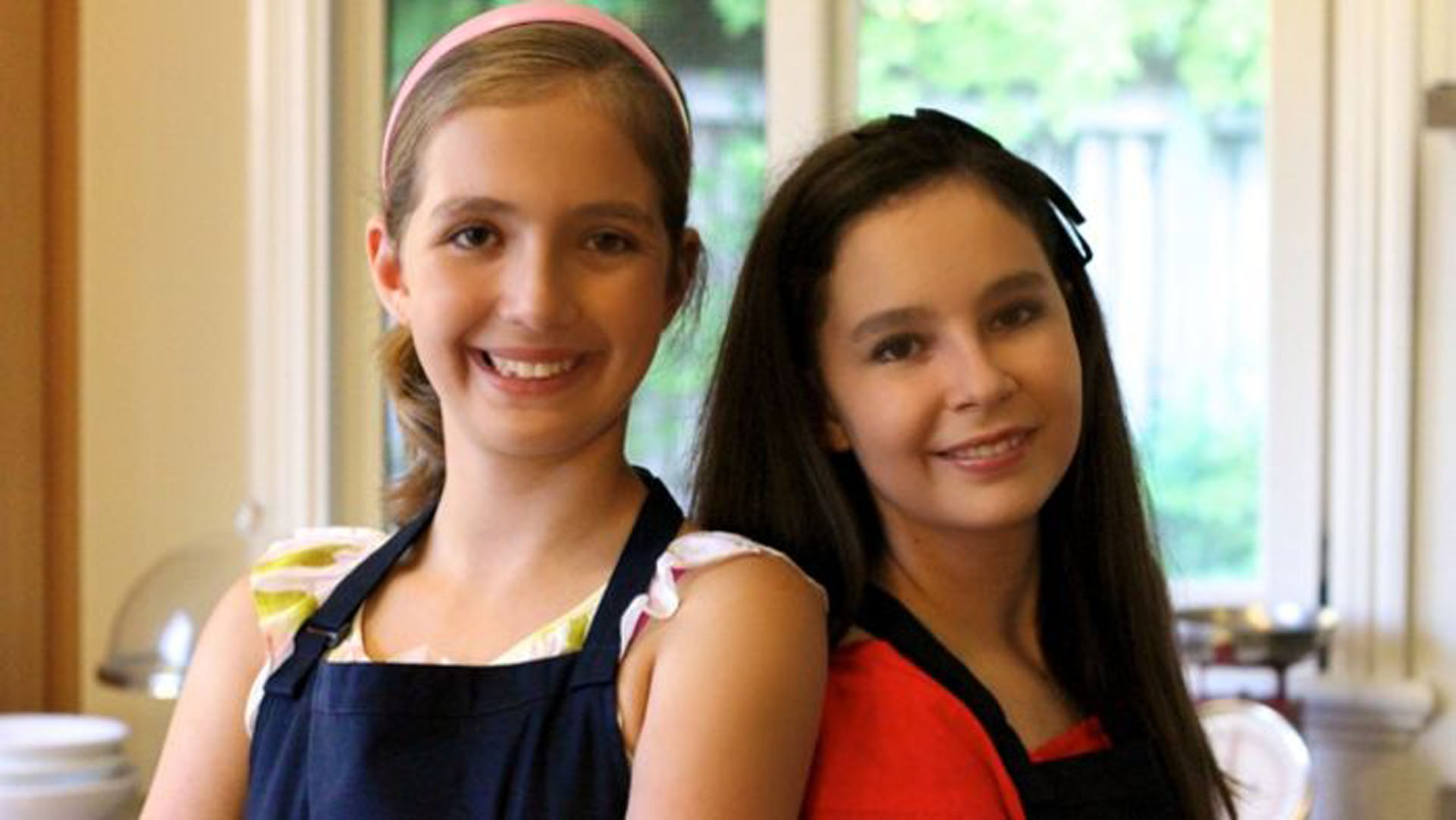 double-power-in-the-kitchen-isabella-and-sofia-bliss