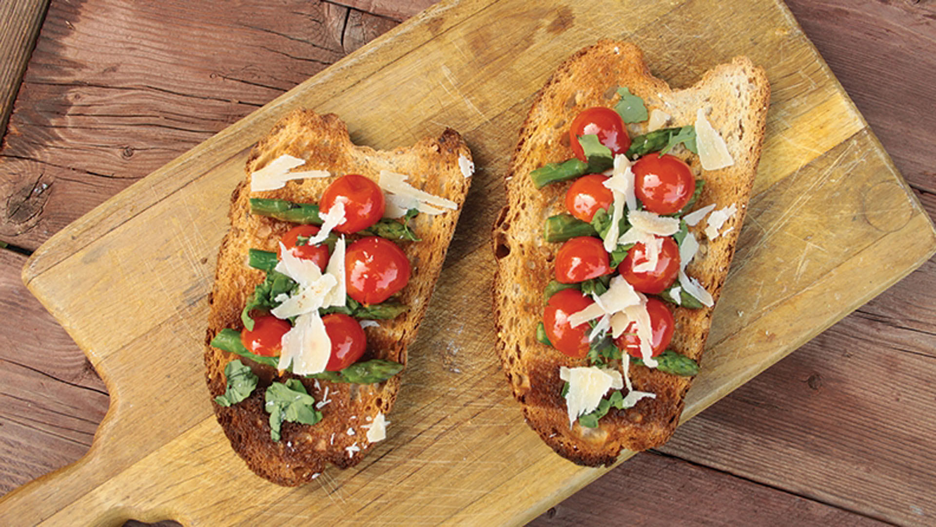 bruschetta-with-asparagus-and-cherry-tomatoes-recipe