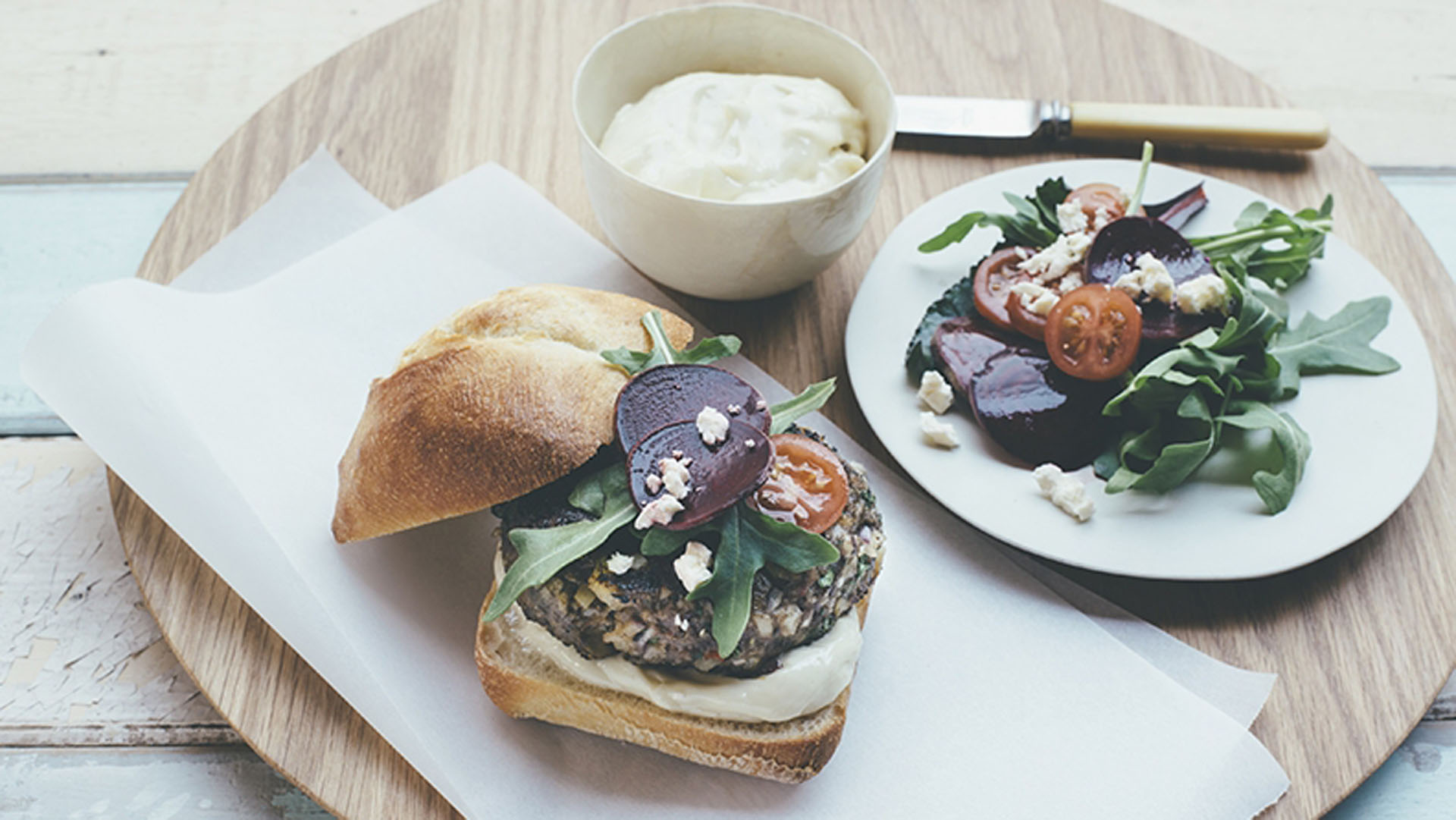 chargrilled-lamb-burger-with-macadamia-aioli-recipe