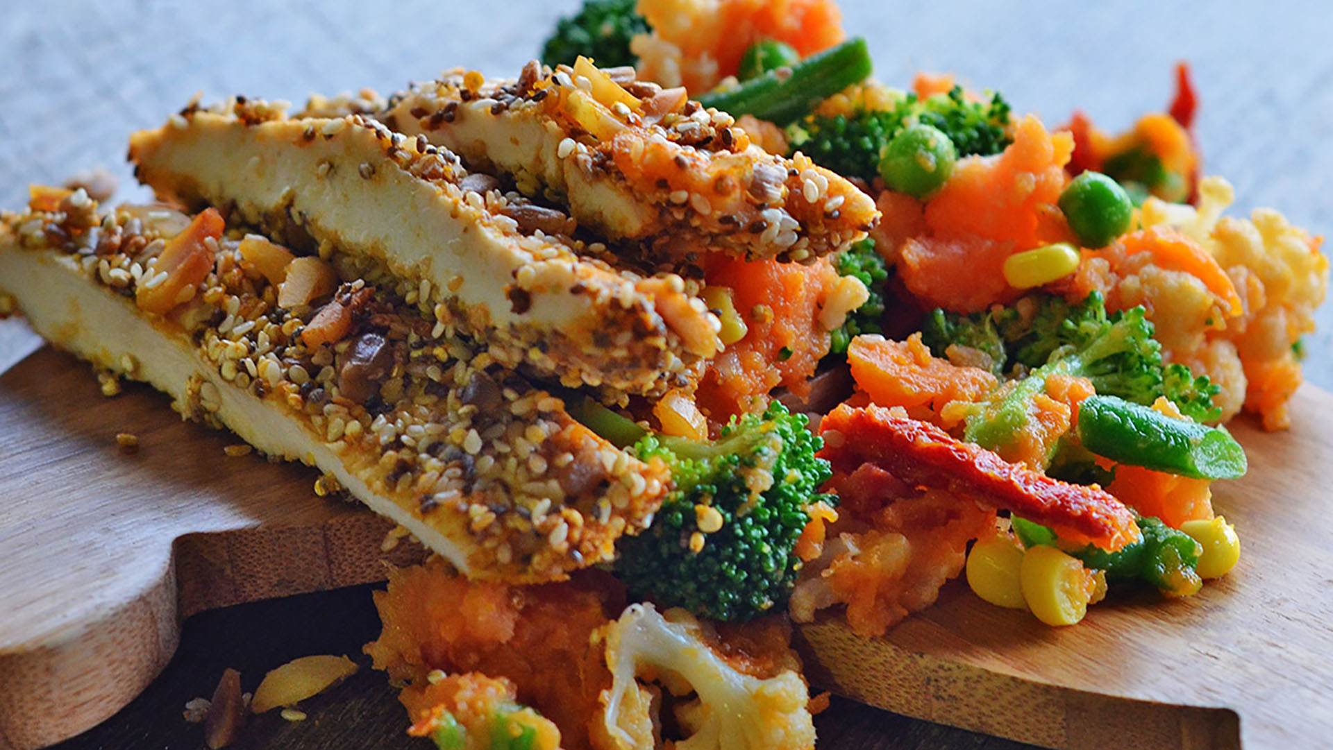 Chia-Crusted-Chicken-&-Veg-Smash1