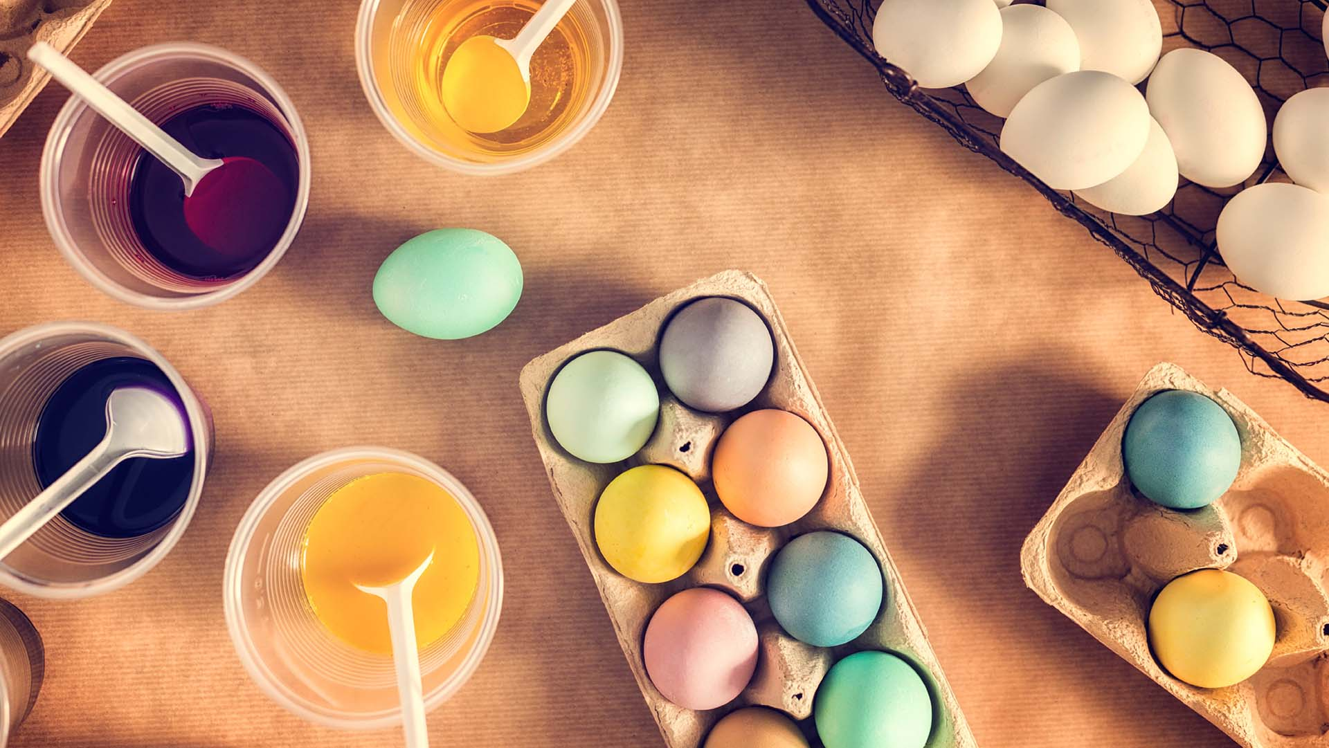 be_how_to_dye_easter_eggs