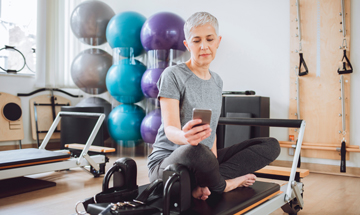 Telephone-delivered self-management advice for knee osteoarthritis