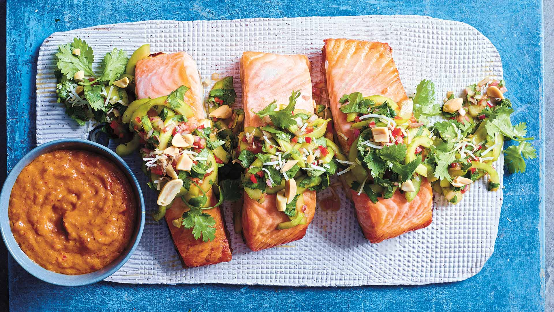 be_Satay salmon with crunchy cucumber and herb salad
