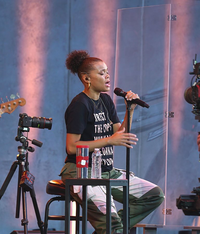 Andra Day, Episode 4 with cameras