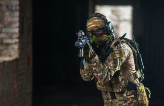Airsoft Maschinengewehrangriff