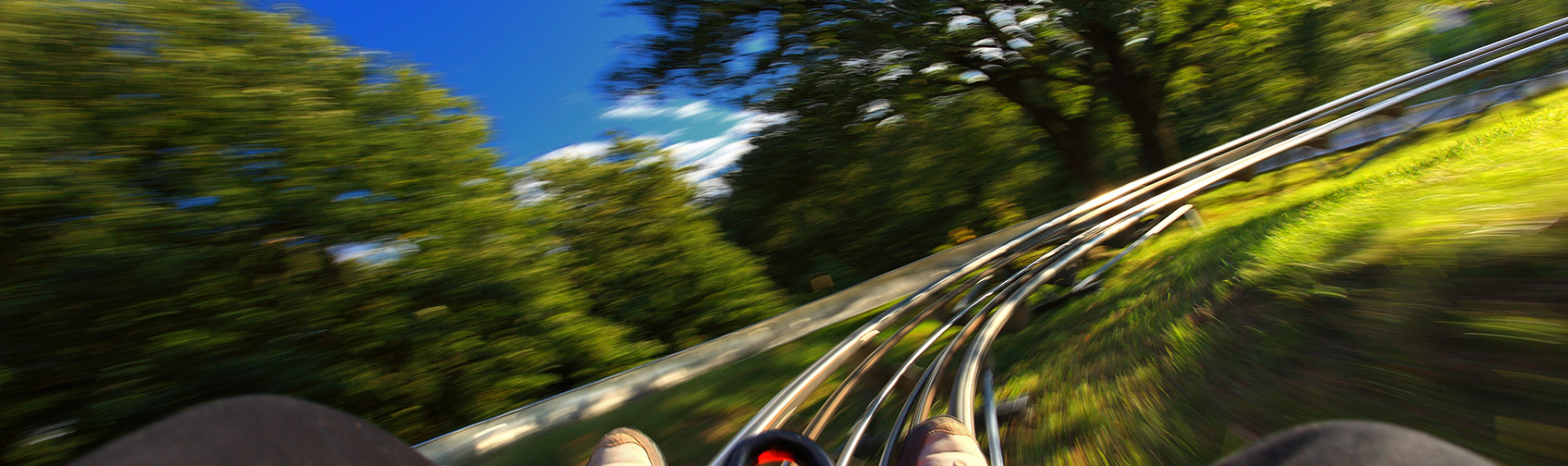 Prague Bobsleighing image