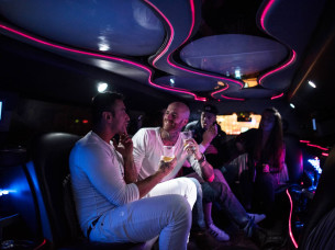 Hummer Limo w/ unlimited drinks in Amsterdam
