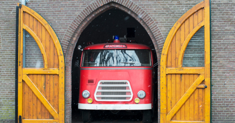 Amsterdam fire truck party bus - Pissup