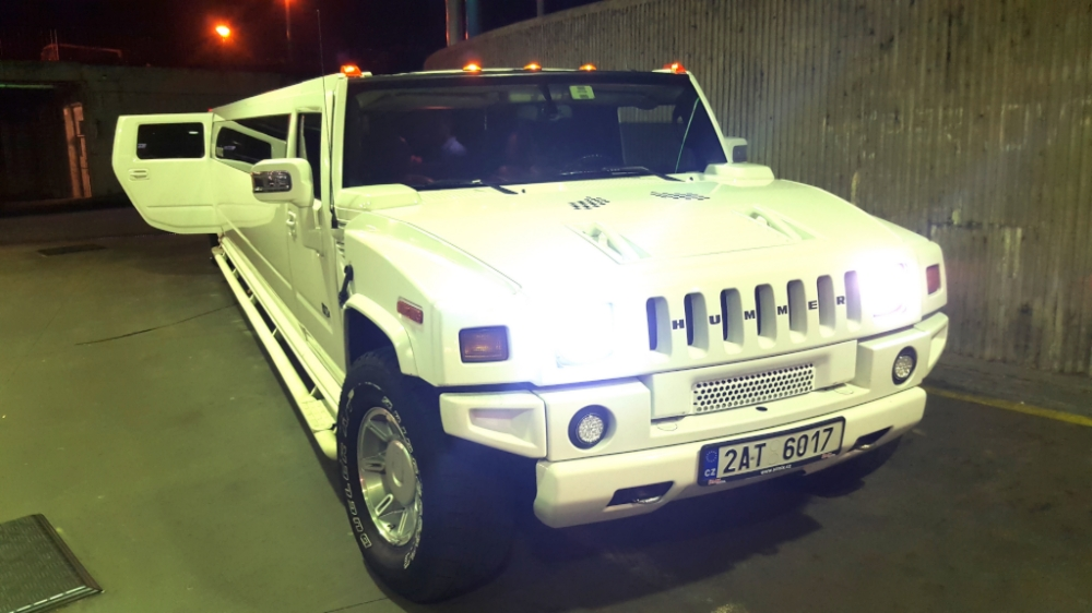 Real Hummer Limo hire in Prague