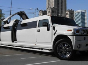 Hummer Strip Limo in Warsaw