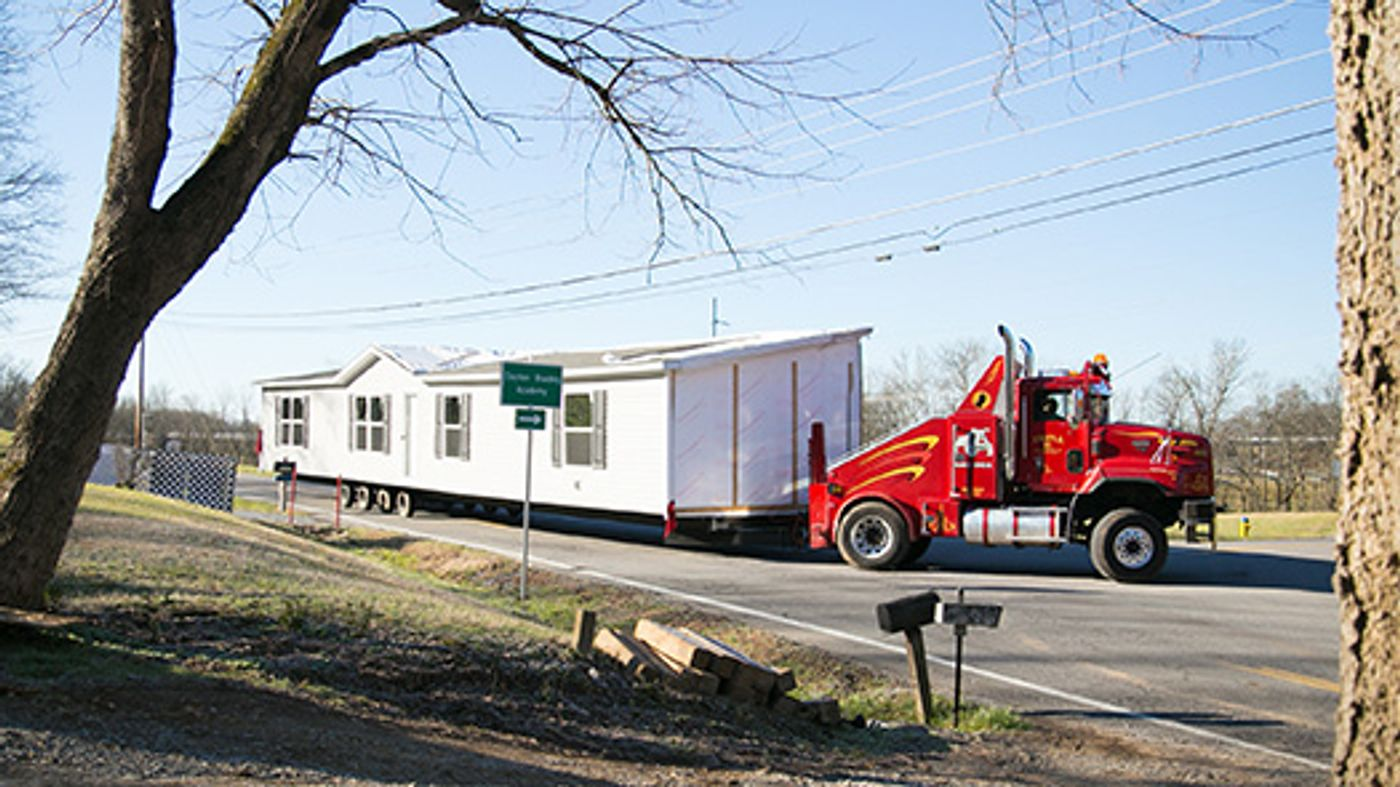 prefabricated home delivery