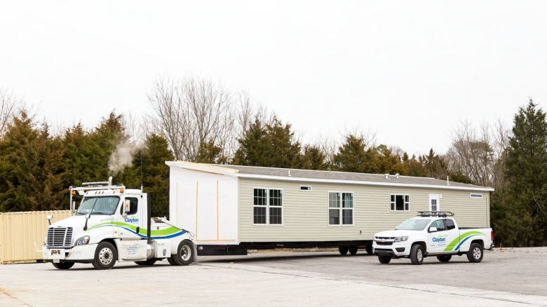 Manufactured Home Delivery | Clayton Studio