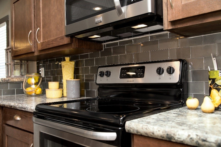 Miraculous Backsplash Ideas To Customize Your Manufactured Home Download Free Architecture Designs Embacsunscenecom