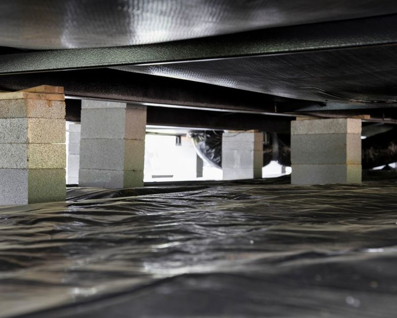 what is a crawl space?