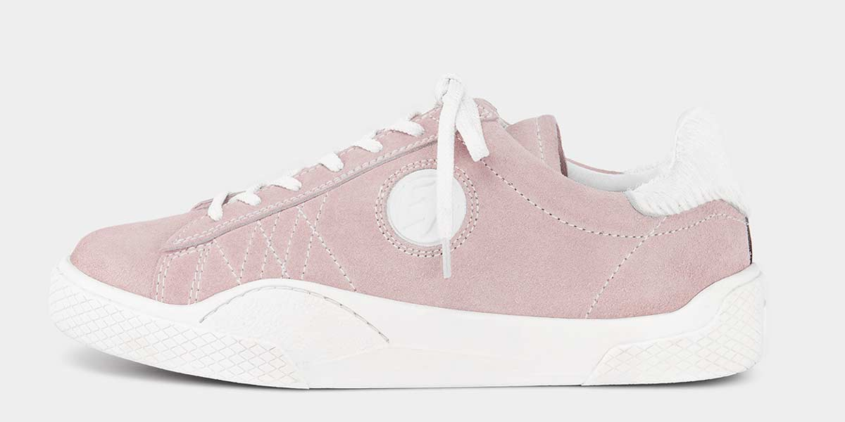 Product Feature: Wave Suede Powder Pink (Low-top)