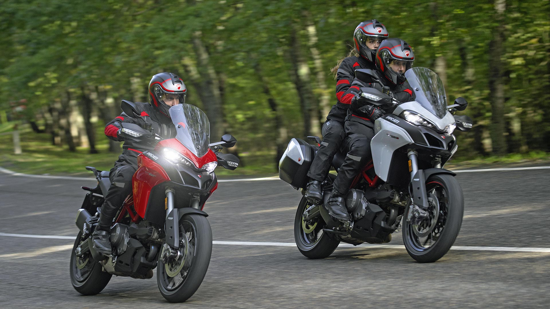 Astounding Ducati Multistrada 950 Your Extraordinary Journey Caraccident5 Cool Chair Designs And Ideas Caraccident5Info