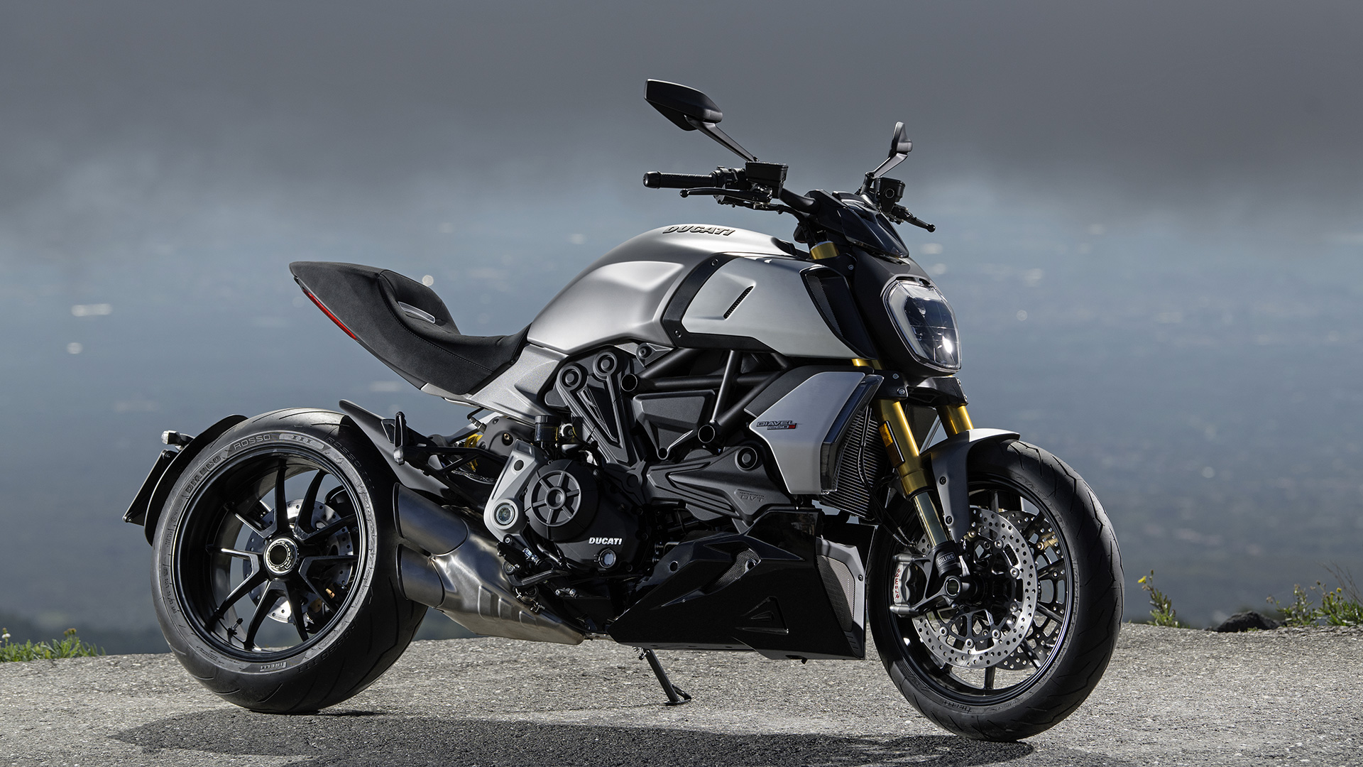 New Ducati Diavel 1260 The Maxi Naked Powerful And Muscular