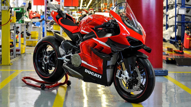 New Superleggera V4 Ducati Dreams Matter Shaping Lightness Into Speed Emotions