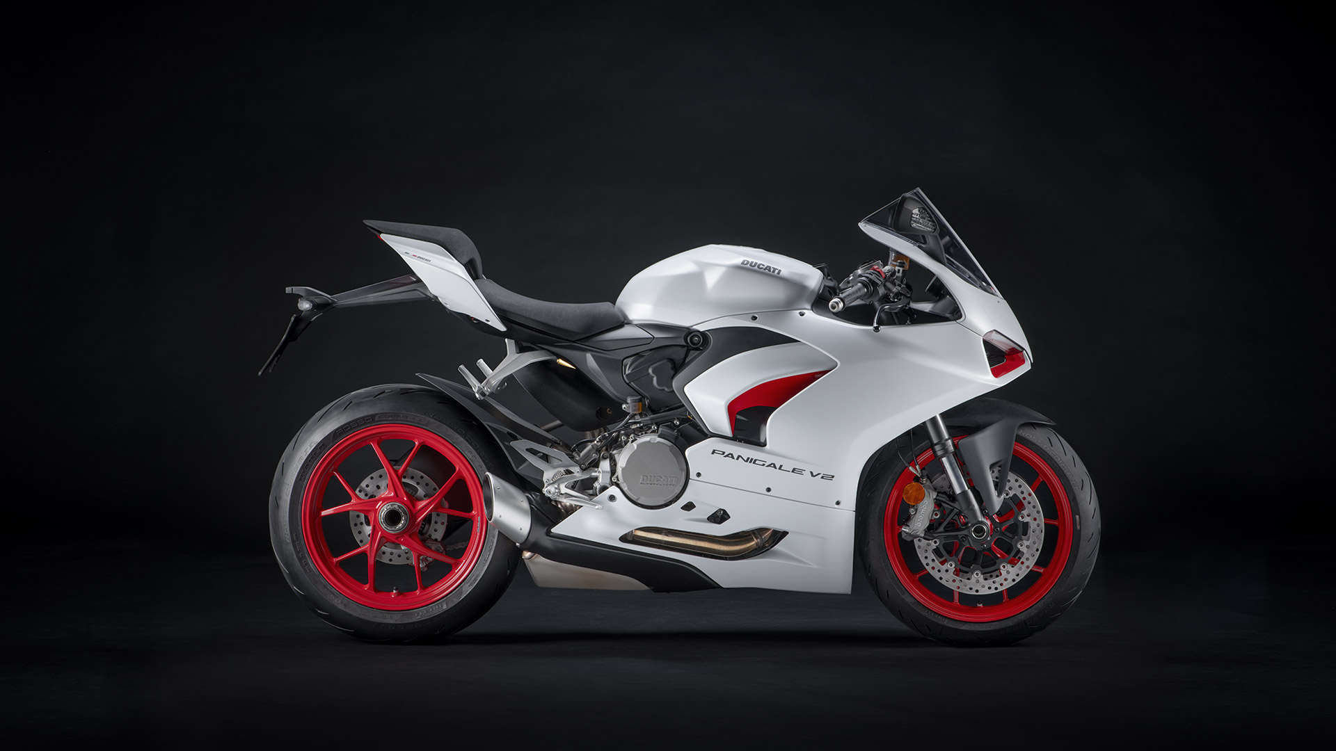 New Panigale V2: High Performance, Red Essence | Ducati