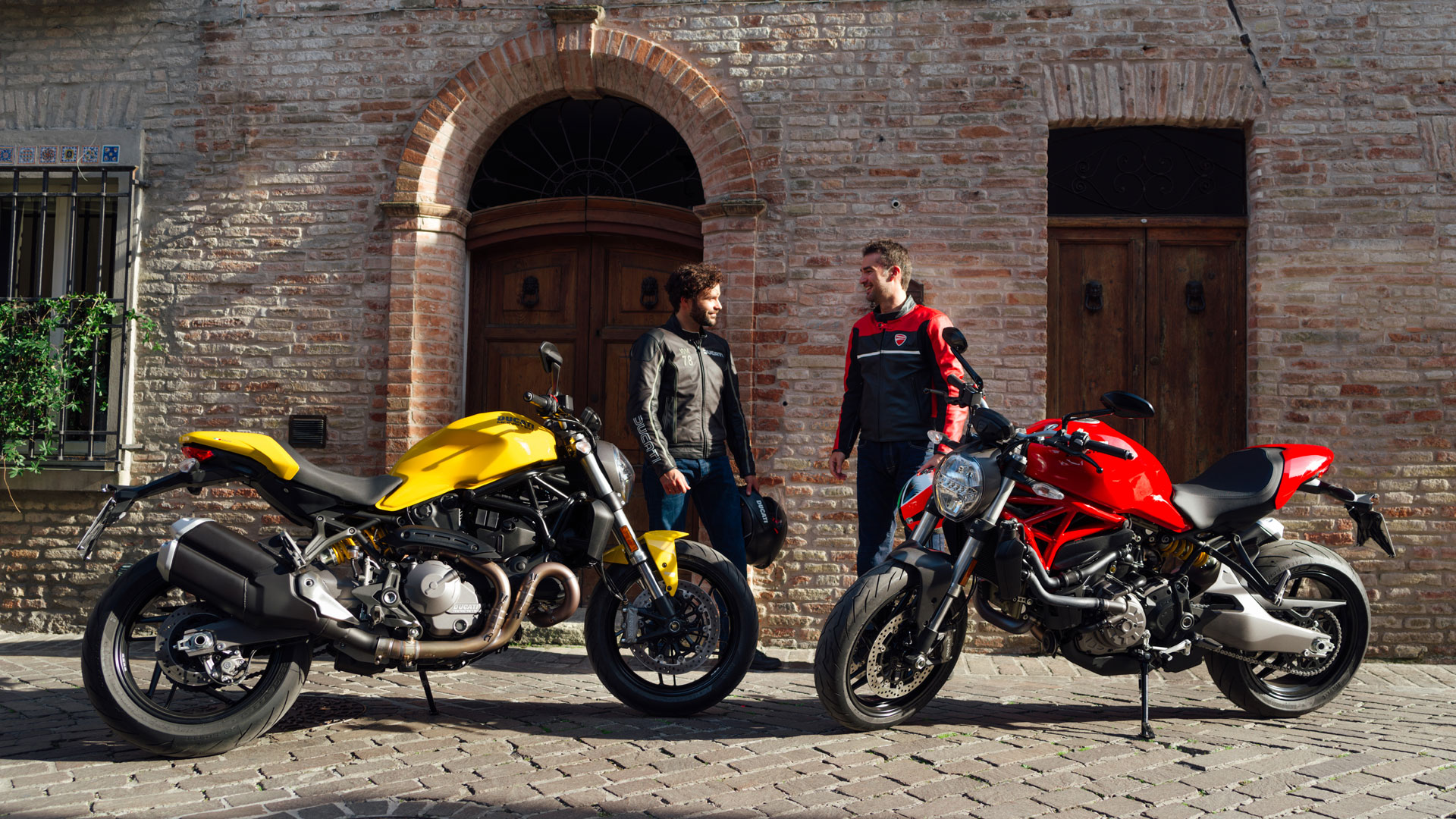 Ducati Monster 821 >> Ducati Monster 821 Monster 821 Stealth Naked Motorcycles By Ducati