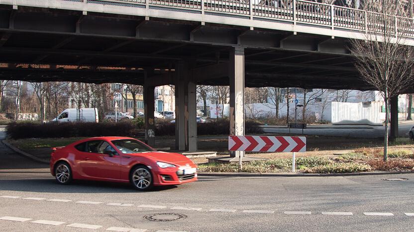 Subaru BRZ Test Stadt