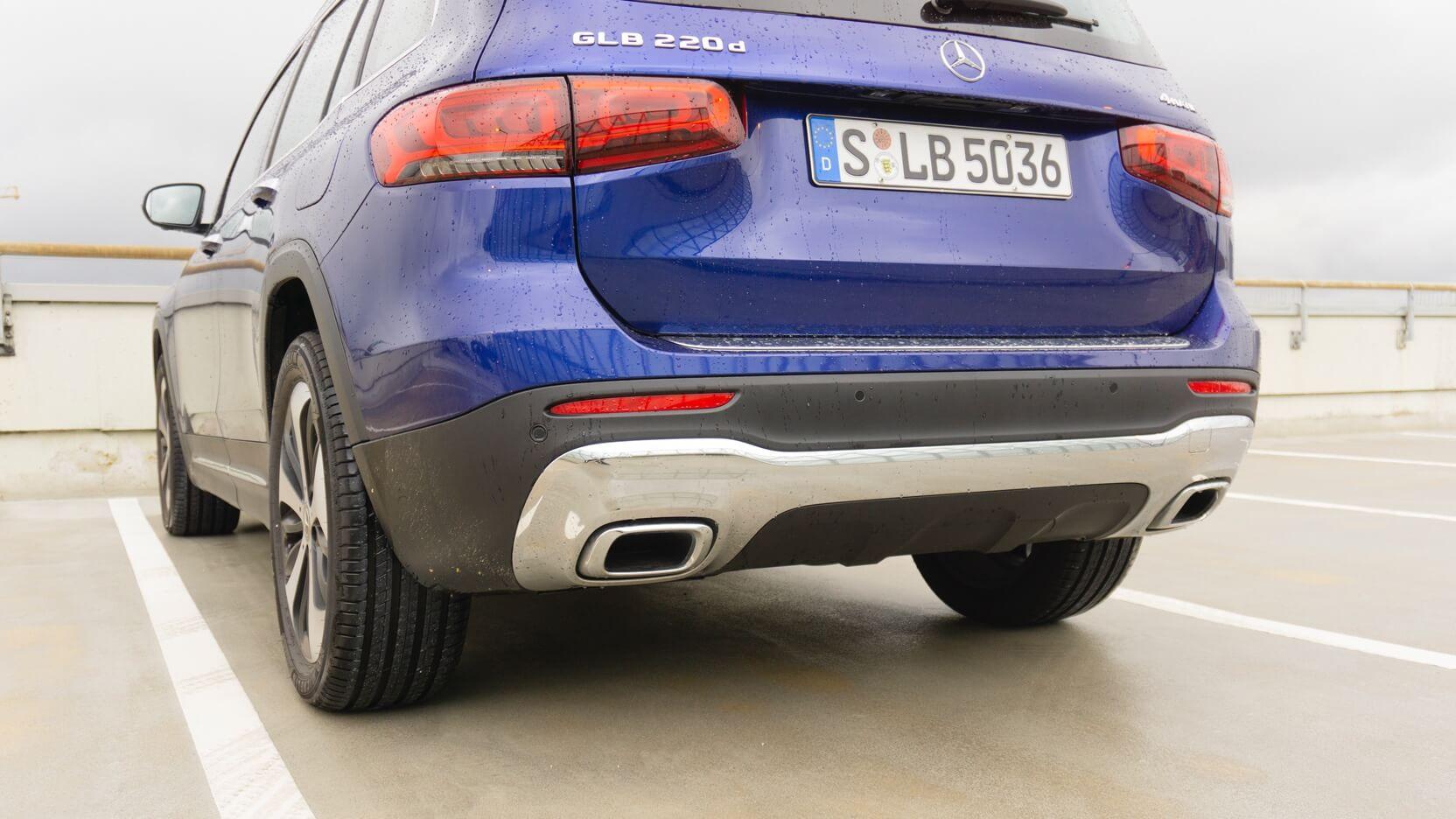 Mercedes GLB Test Auspuff