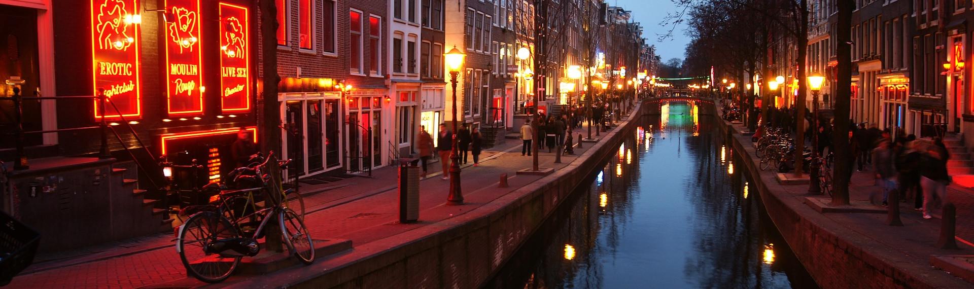 Pubcrawl i Red Light District Amsterdam