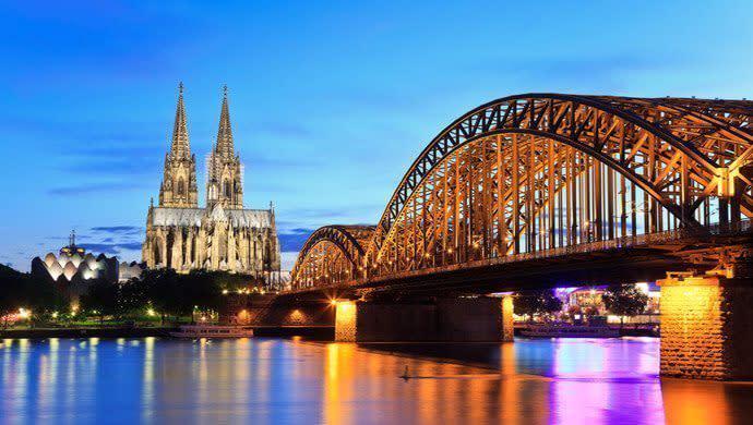Macht bei eurem Junggesellenabschied Köln zum Zentrum eurer letzten Party in Freiheit.