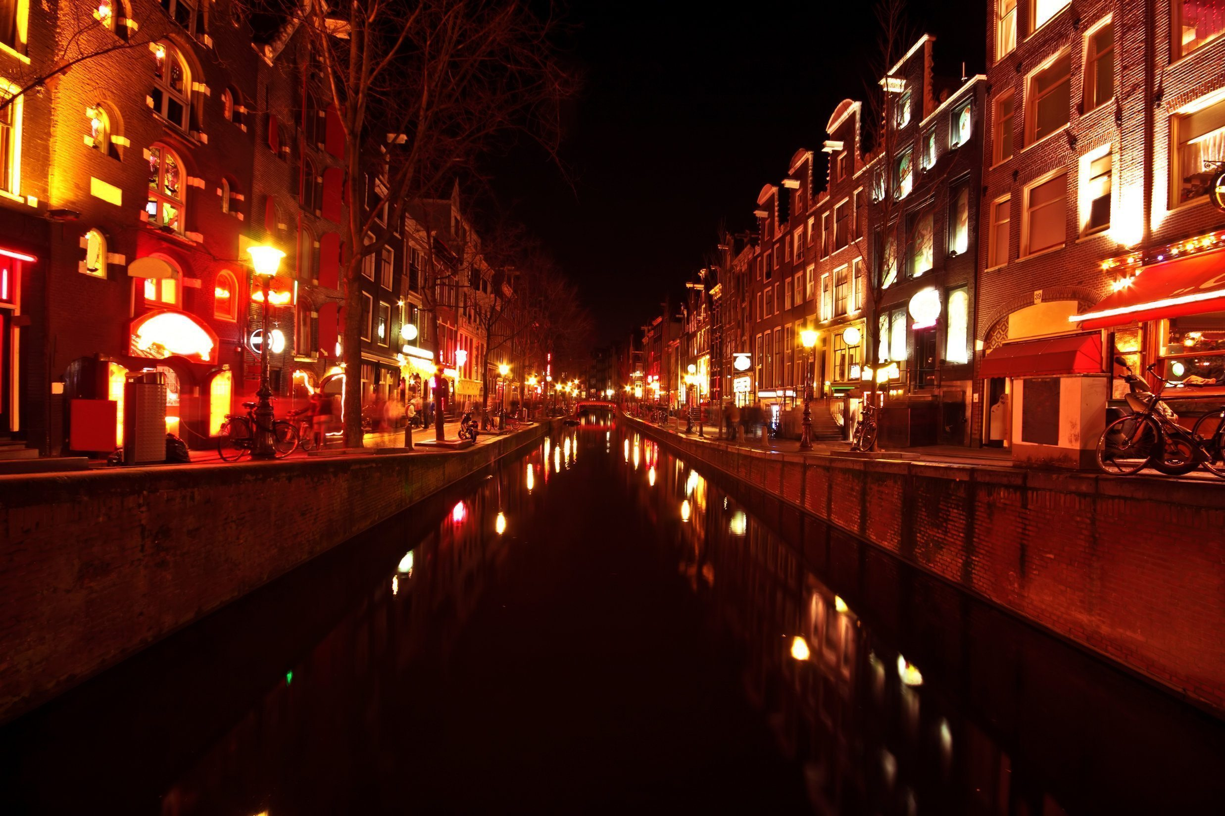The Absolute Best Amsterdam Weekends - Pissup Stag Do