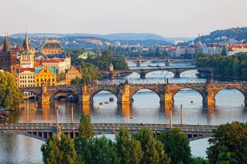 Partez en EVG Prague avec vos potes