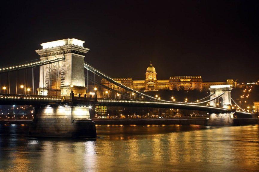 Budapest Panorama in der Nacht