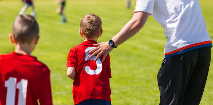 How to find companies that sponsor youth sports