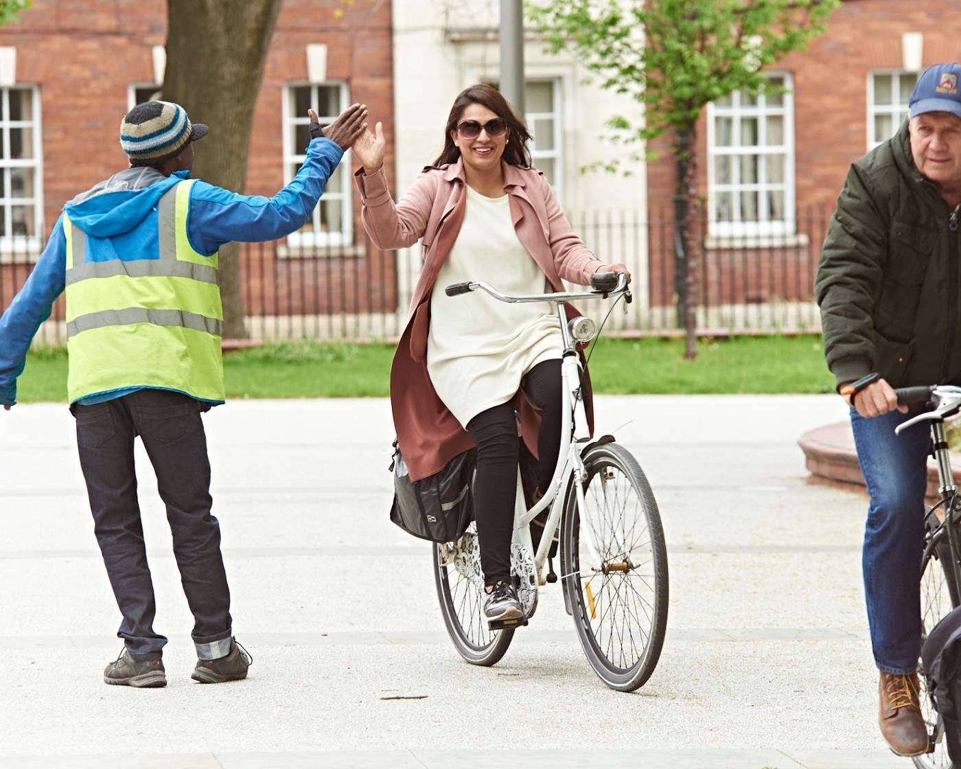 Cycling courses - people having fun getting back on a bike