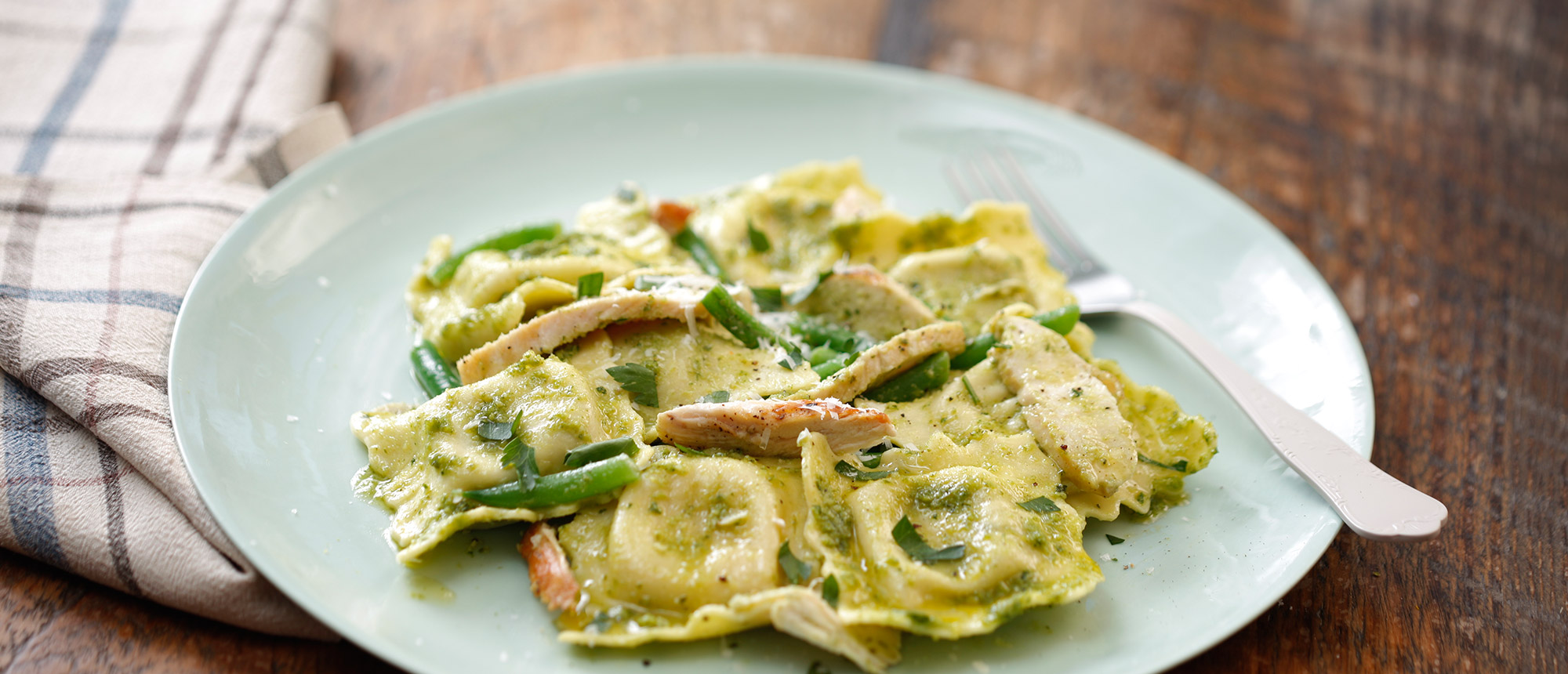 spinach and cheese ravioli with chicken