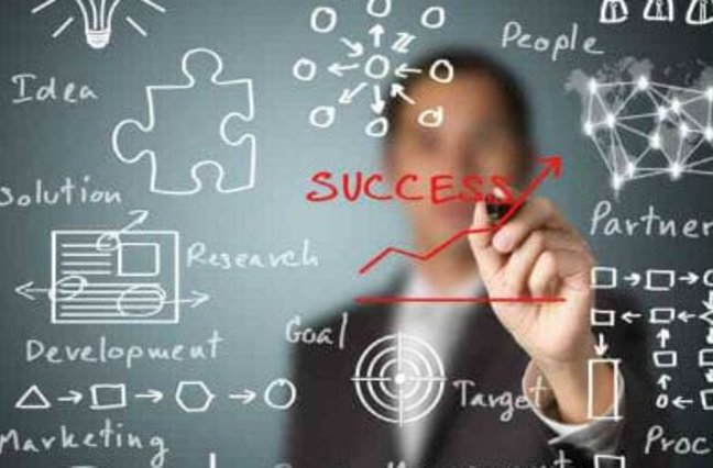 man drawing on screen process, performance, success