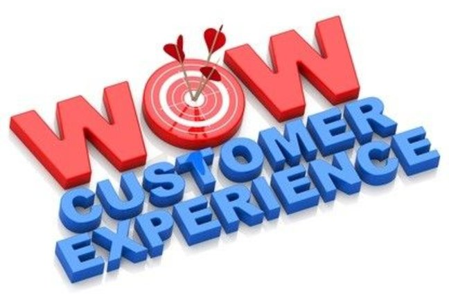 Wow customer experience graphic with arrows hitting the bullseye