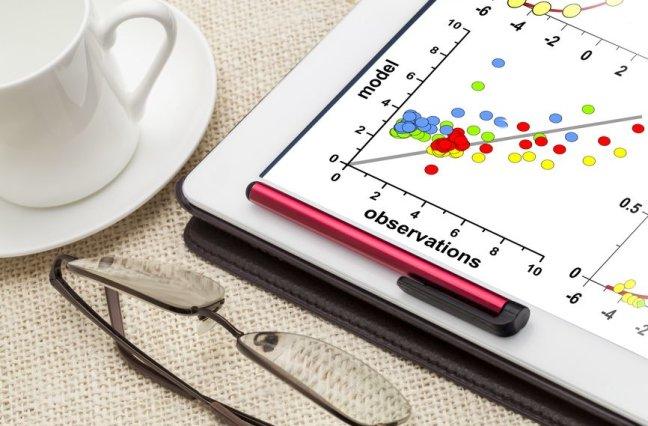 correlation scatter graph of model and observation data on a digital tablet
