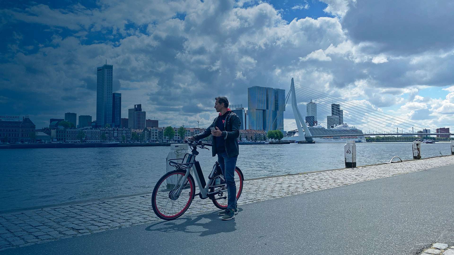 Rent an e bike Rotterdam