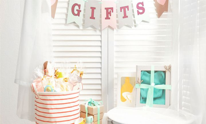 Amazing Gift Ideas for Baby Shower