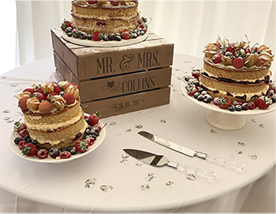 Cake stands to hire