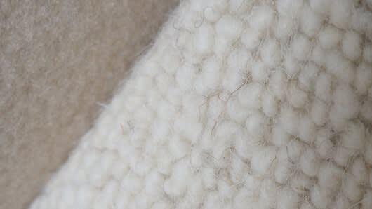 Carrousel_1_une-moquette-100-laine-vierge-pour-une-chambre-toute-douce_1