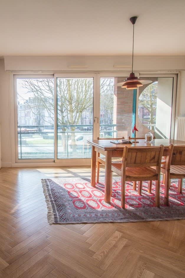 Image_text_2080_un-parquet-a-baton-rompu-pour-moderniser-un-appartement
