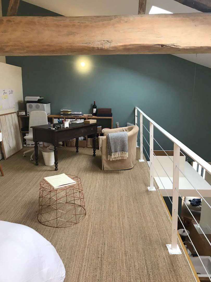 Image_texte_un-sol-naturel-pour-habiller-une-mezzanine