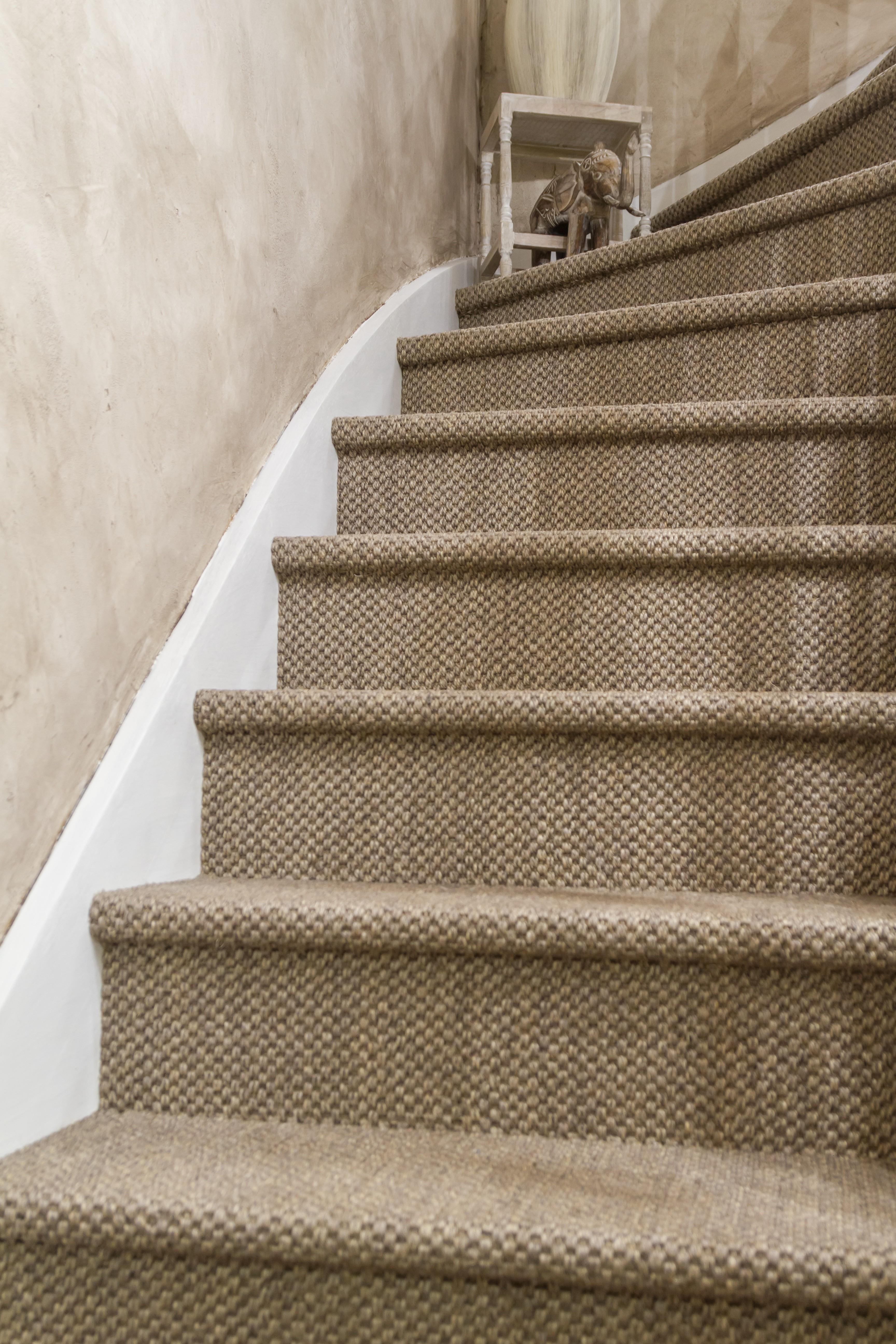 Projet_réalisé_renovation-escalier-sol-naturel