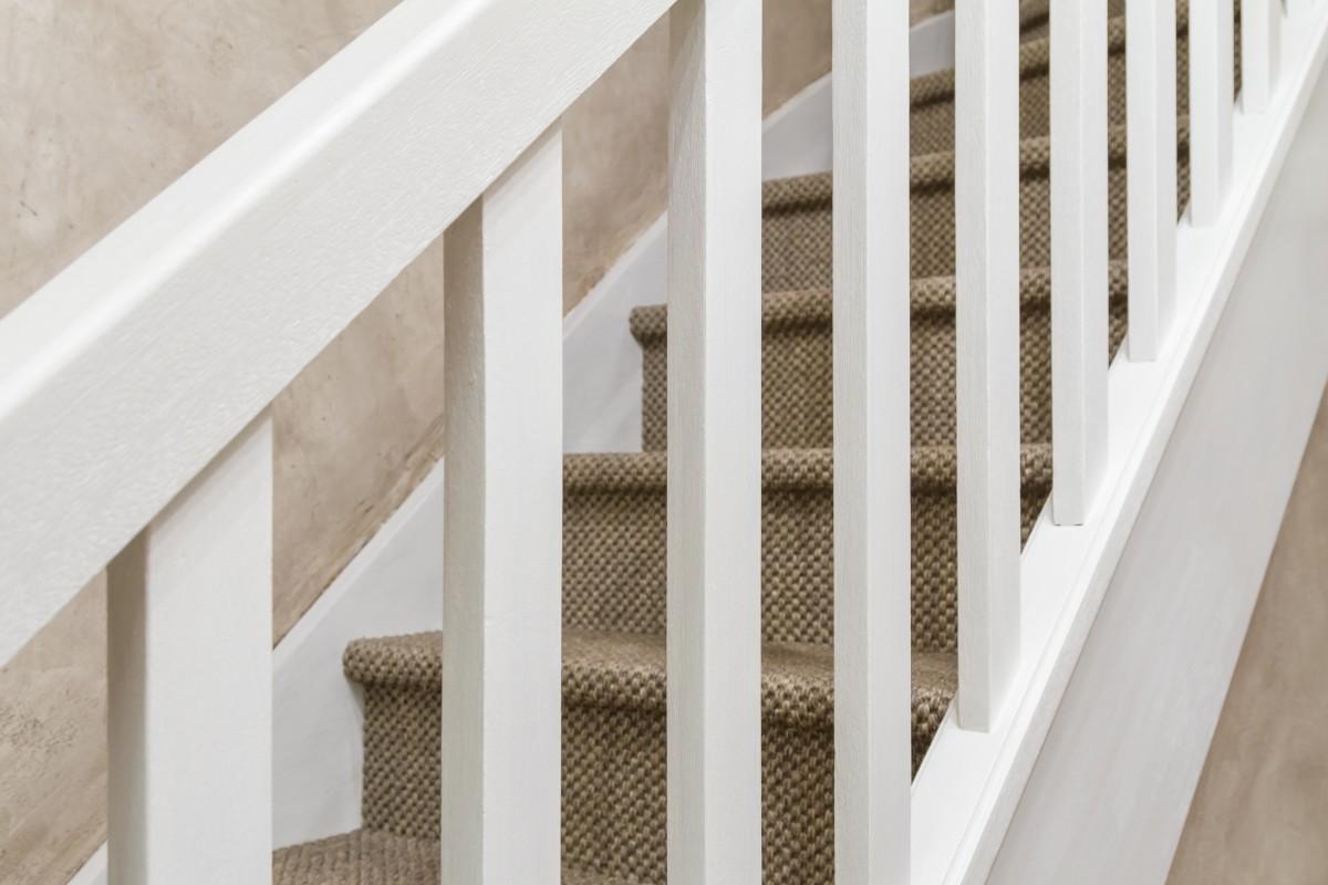 Projet_réalisé_renover-son-escalier-avec-un-sol-naturel