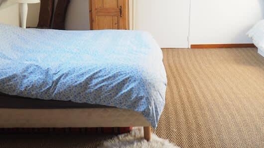 Image_texte_1_une-moquette-100-laine-vierge-pour-une-chambre-toute-douce