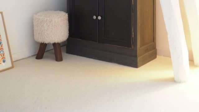 Projet_réalisé_une-moquette-100-laine-vierge-pour-une-chambre-toute-douce